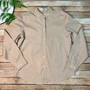Orvis Size 8 Shirt Women's Taupe Wrinkle Free
